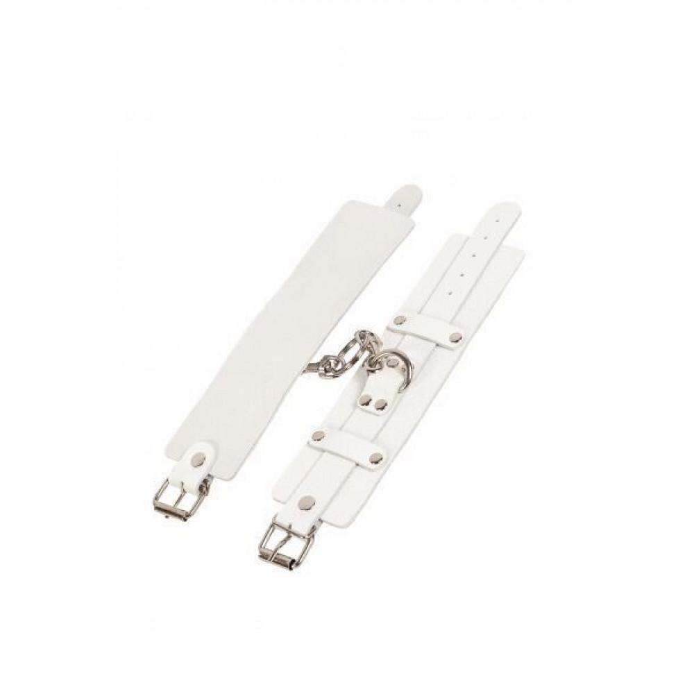 БДСМ наручники - Наручники Leather Dominant Hand Cuffs,white 2
