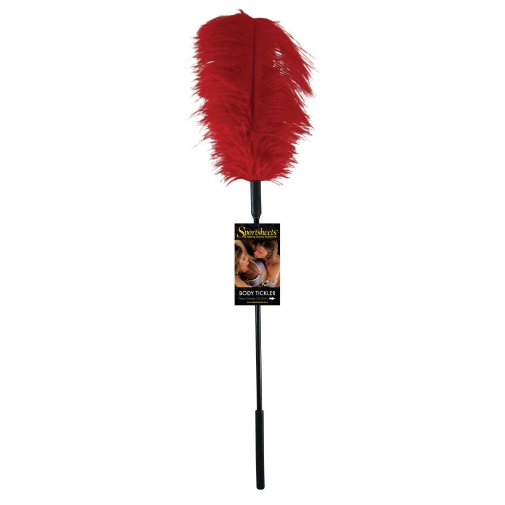 БДСМ плети, шлепалки, метелочки - Щекоталка с пером страуса Sportsheets Ostrich Tickler Красная 1