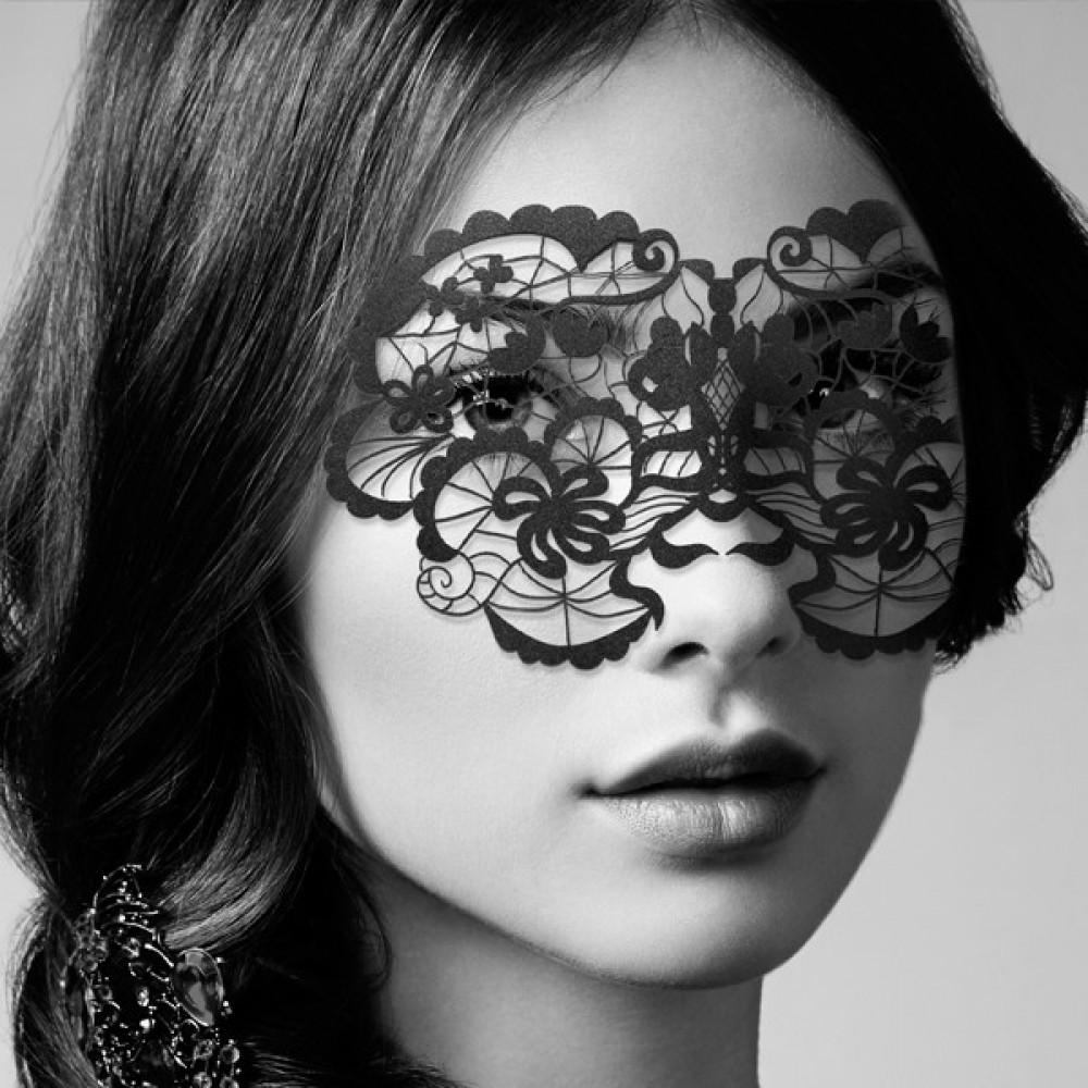 Маска для БДСМ - Виниловая маска на стикерах