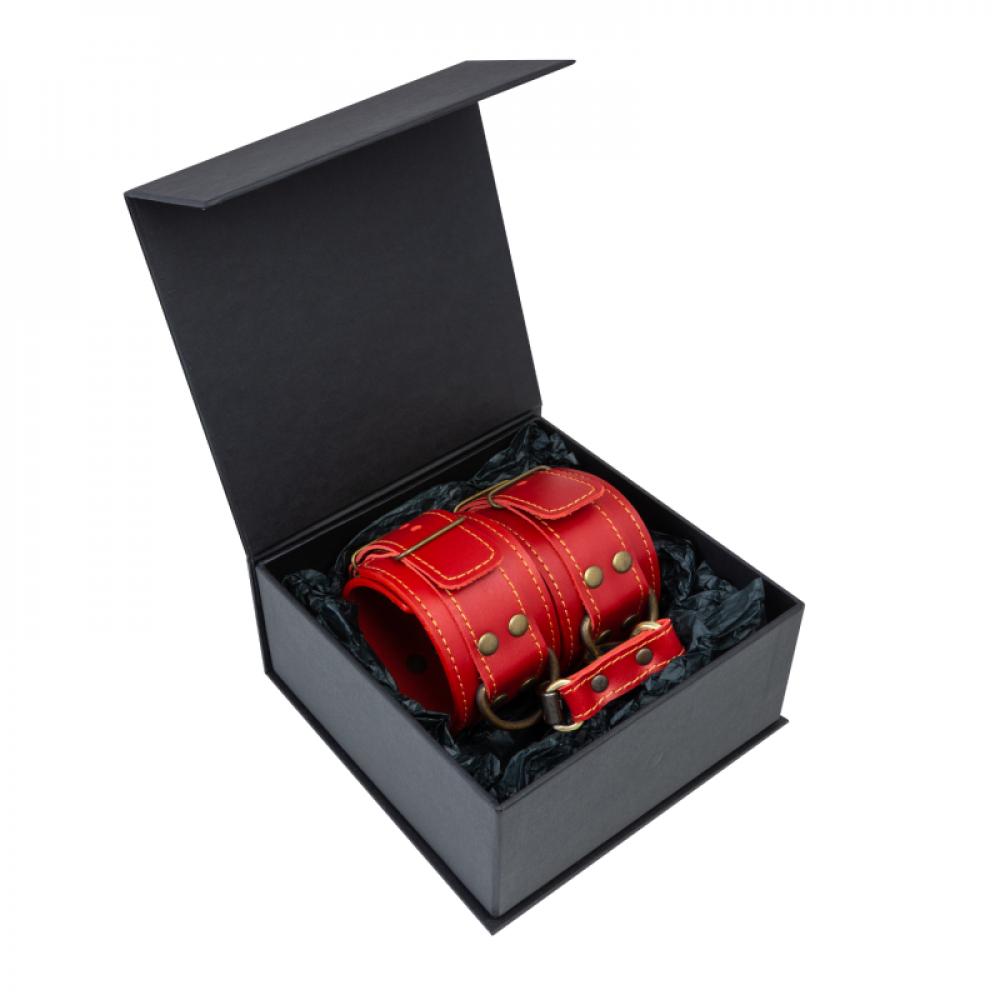 БДСМ наручники - Поножи LOVECRAFT красные 2
