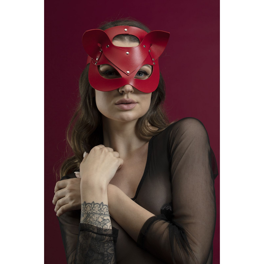 Маска для БДСМ - Маска кошки Feral Fillings - Catwoman Mask красная