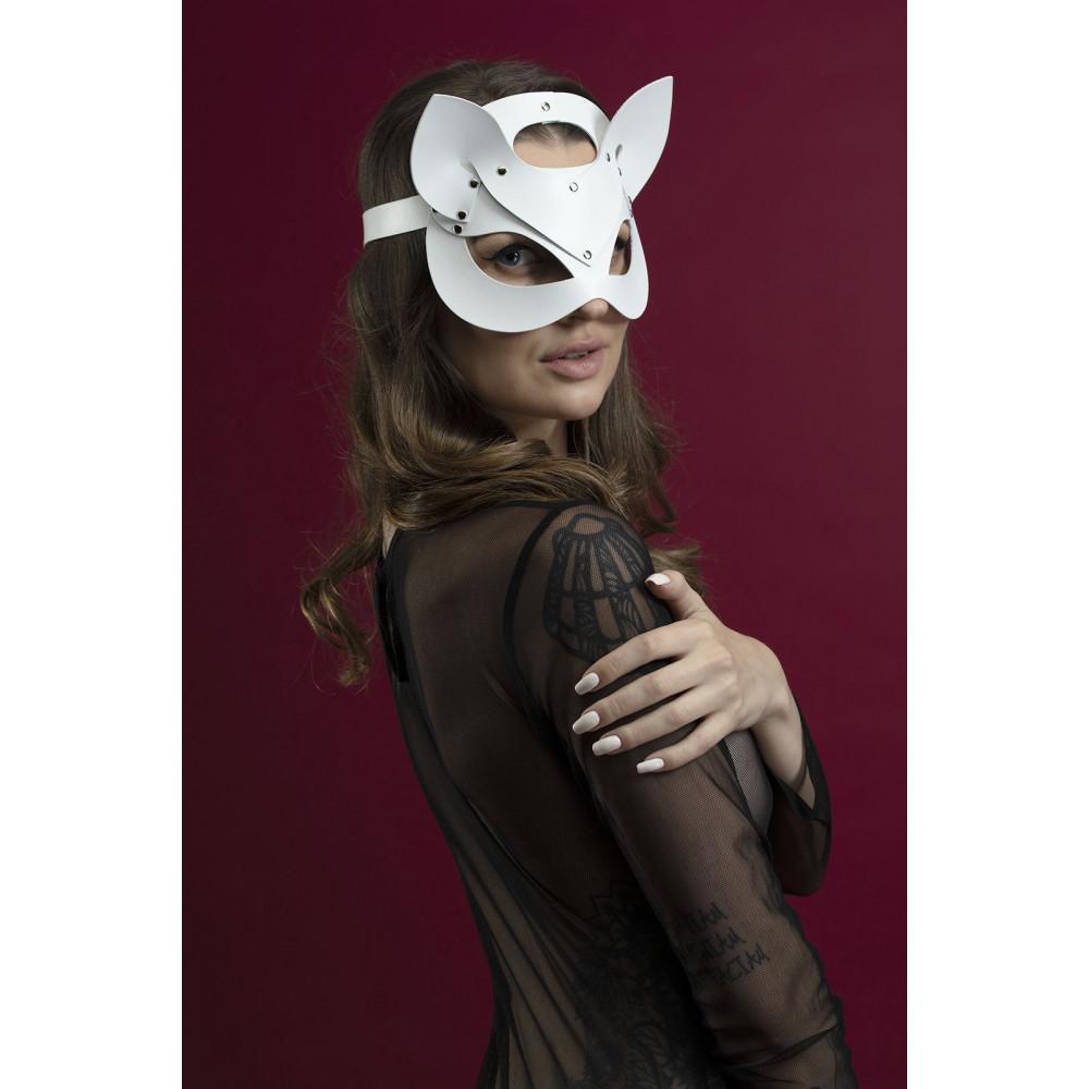 Маска для БДСМ - Маска кошки Feral Fillings - Catwoman Mask белая 1