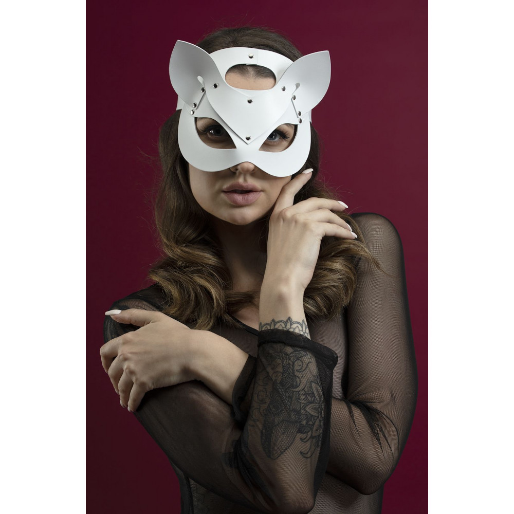 Маска для БДСМ - Маска кошки Feral Fillings - Catwoman Mask белая