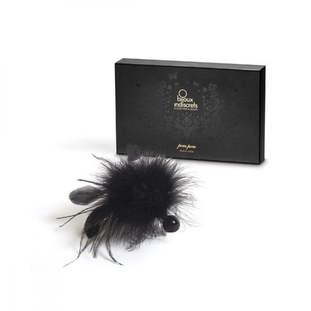 БДСМ плети, шлепалки, метелочки - Метелочка Bijoux Indiscrets Pom Pom - feather tickler 3