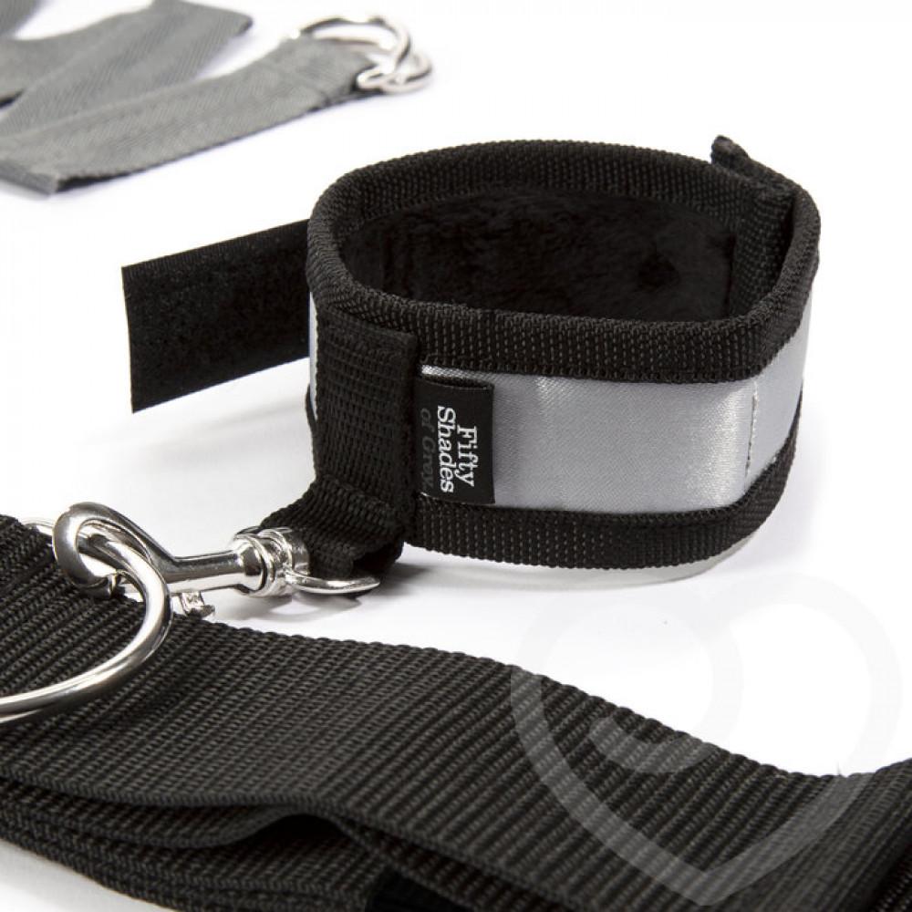 БДСМ наручники - Крестообразная ременная система для фиксации к кровати ЗАМРИ, Fifty Shades of Grey 3