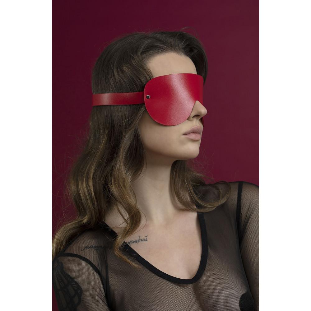 Маска для БДСМ - Маска закрытая Feral Fillings - Blindfold Mask красная 1