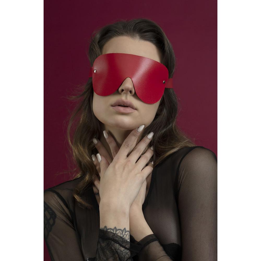 Маска для БДСМ - Маска закрытая Feral Fillings - Blindfold Mask красная