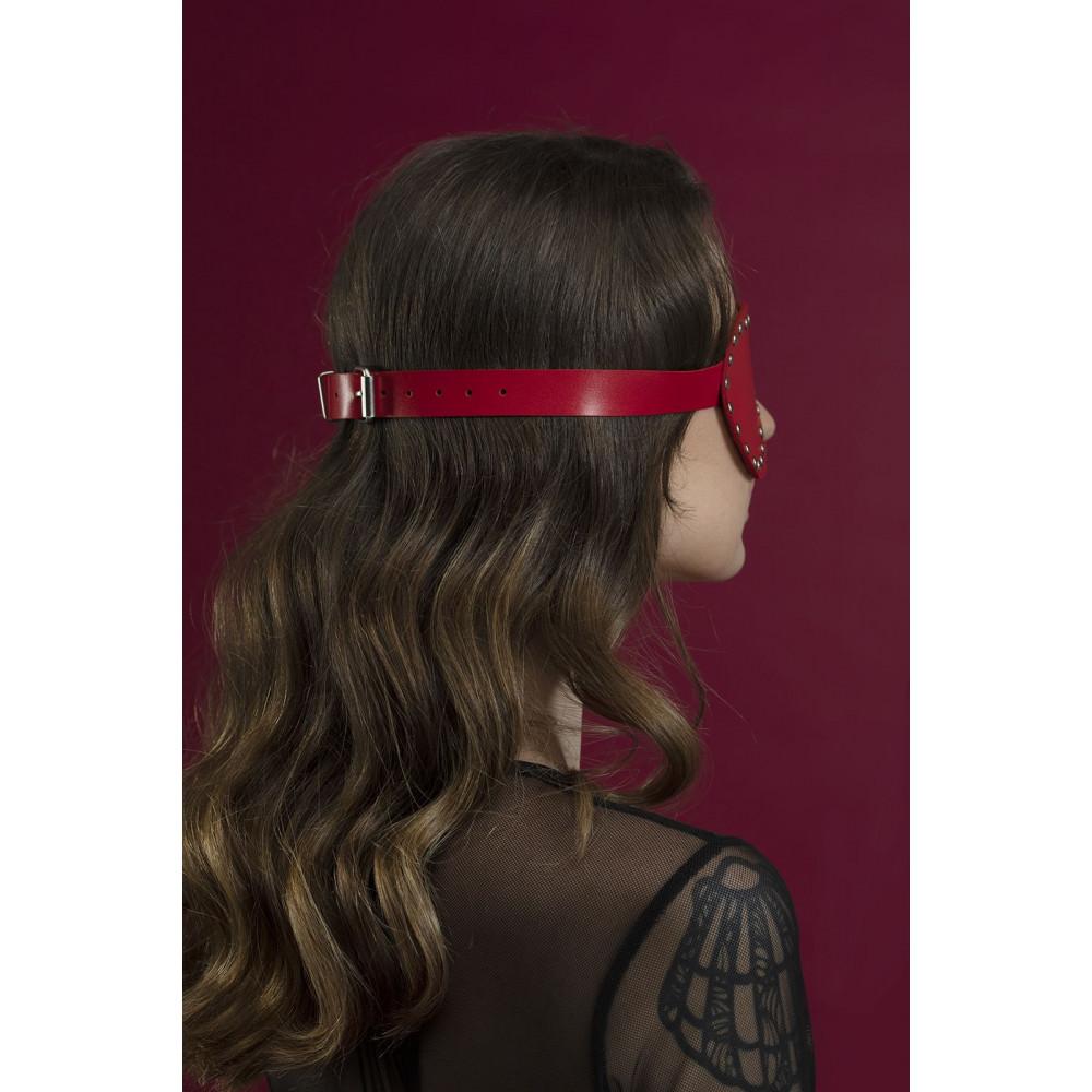Маска для БДСМ - Маска закрытая с заклепками Feral Fillings - Blindfold Mask красная 1