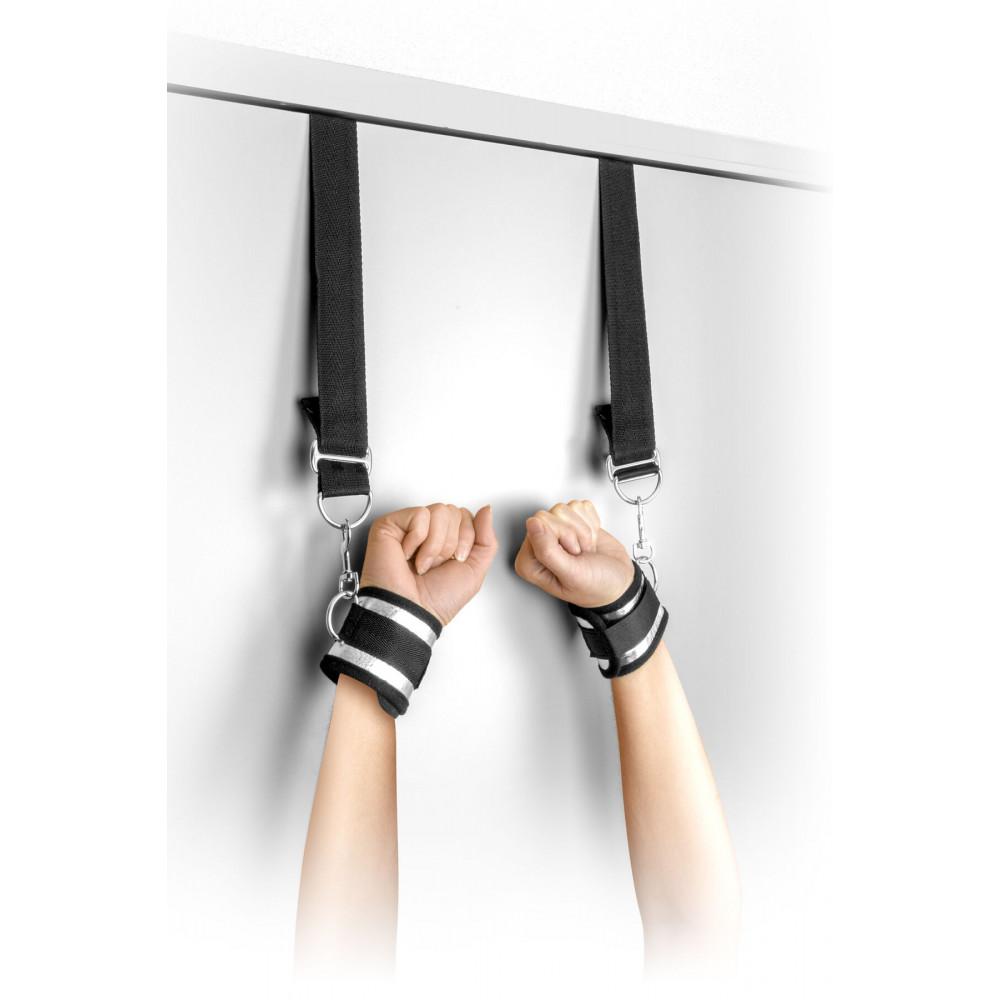 БДСМ наручники - Фиксатор для рук на двери Fetish Tentation Door swing handcuffs