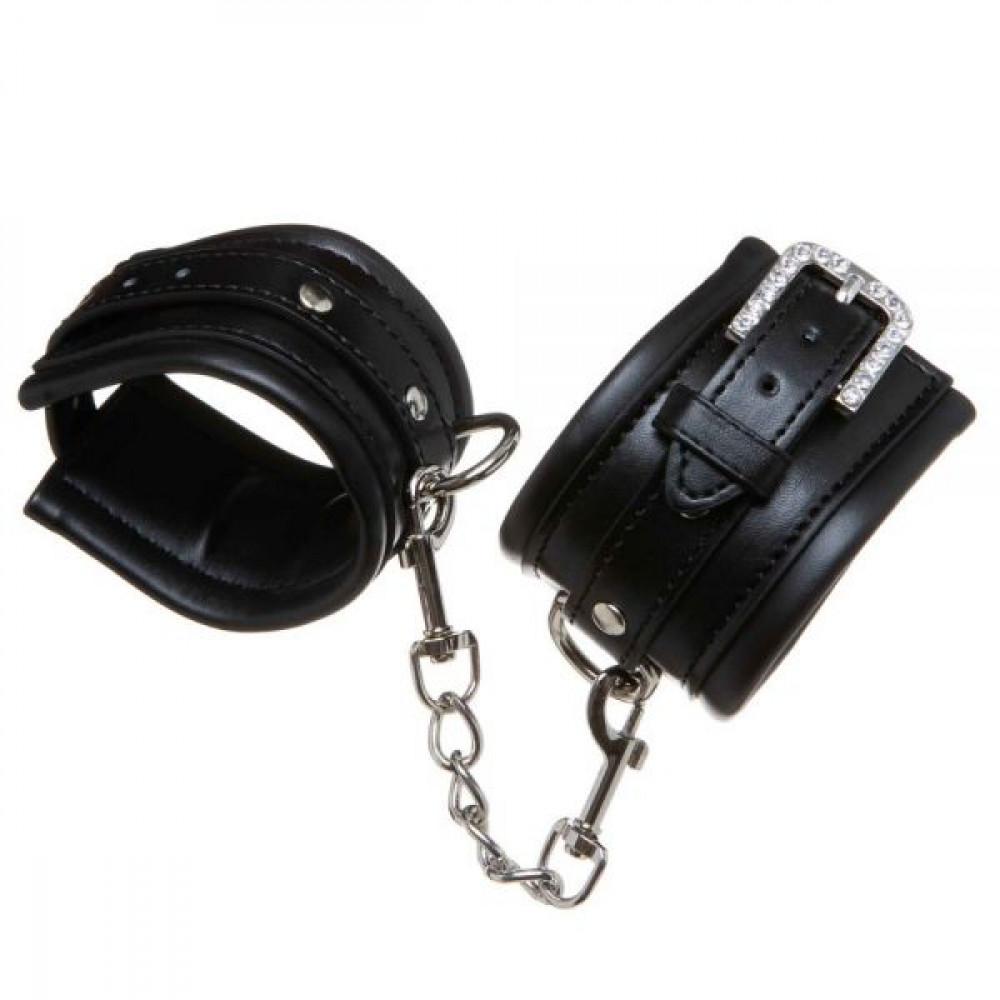 БДСМ наручники - Наручникисуплотнителем  Luxury Fetish Rivet and Style BLACK 1